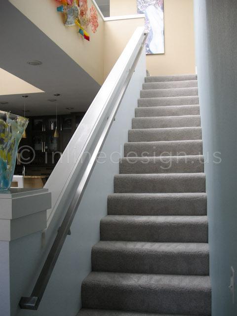 stair wall bracket