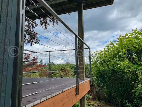 cable arcadia railing outside