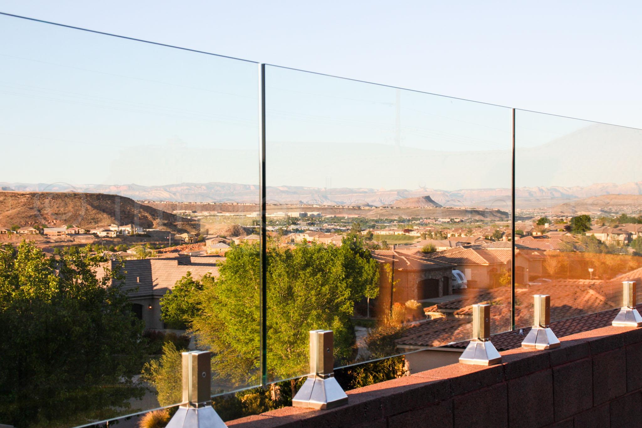 spigot glass Railing