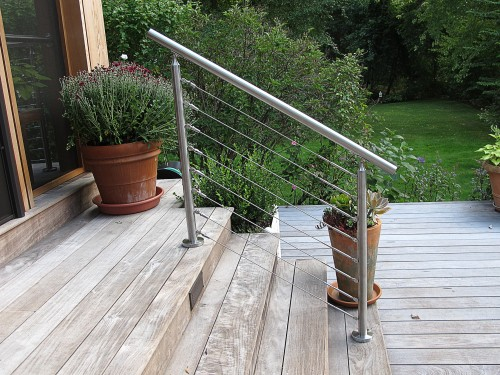 stainless steel cable railing round stairs deck