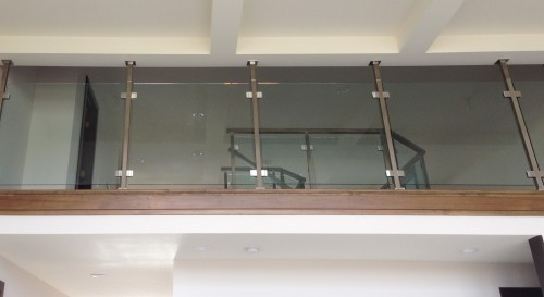stainless steel glass railing living room
