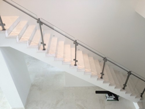 stainless steel glass railing seattle