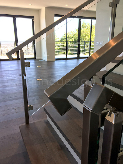 glass railing handrail