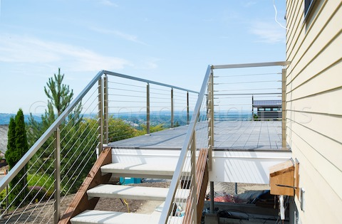 stainless steel side backyard cable railing