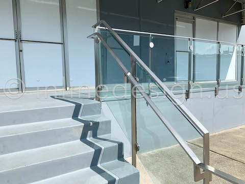 exterior clamps glass railing