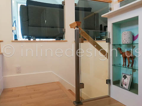 stair post glass railing