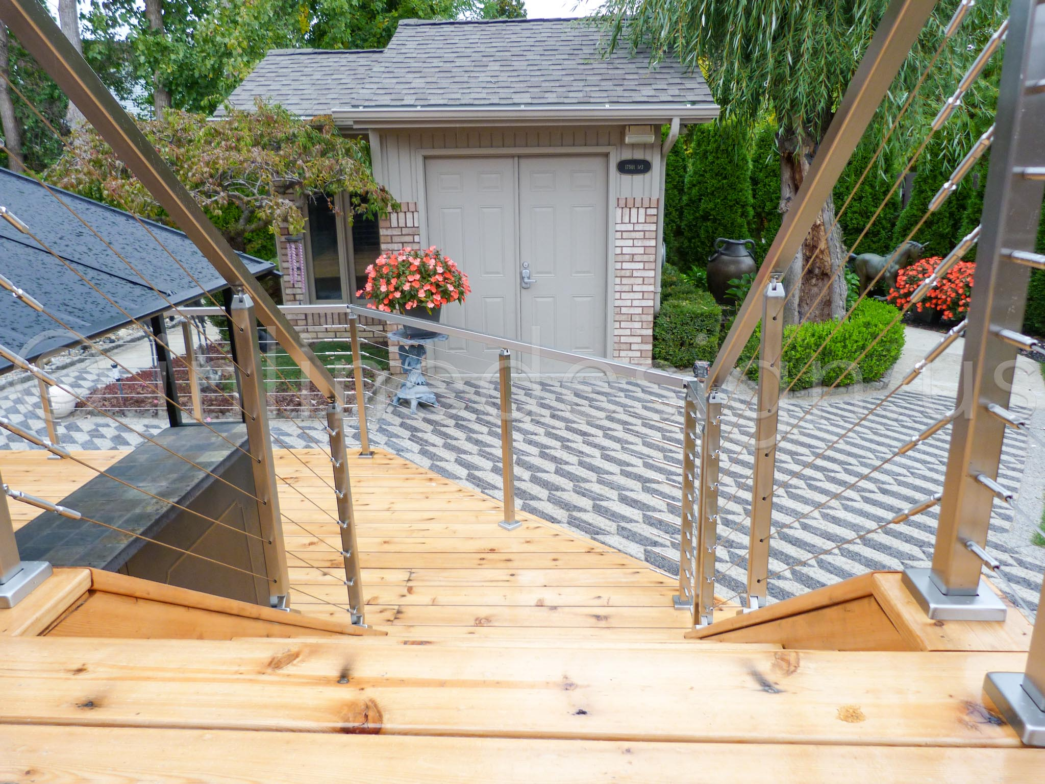 deck railing lowes