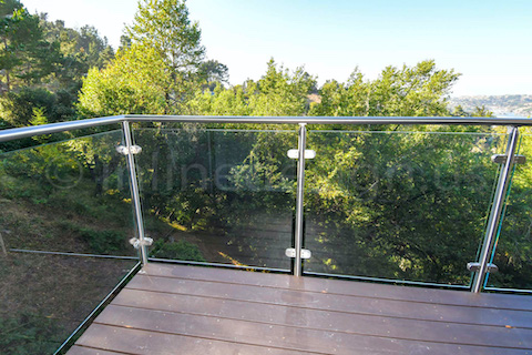 glass railing balcony corner left