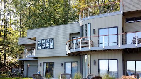 house guardrail modern