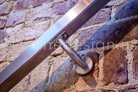 beautiful zoom handrail
