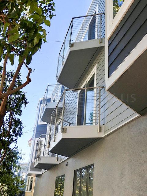 stainless steel cable railing handrail bracket.jpeg