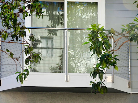 stainless steel cable railing leaves.jpeg
