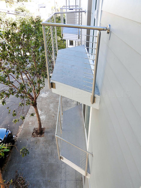 stainless steel cable railing.jpeg